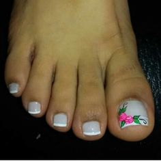 Pedicure Designs, Toe Nail Designs, Holiday Nail Designs, Holiday Nails, Toe Nail Art, Toe Nails, Gorgeous Nails, Pretty Nails, Summer Toe Designs