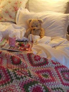 crochet blanket - lovely colour combo.