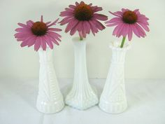 Vintage MILKGLASS VASE Bud Vases WEDDING by LavenderGardenCottag
