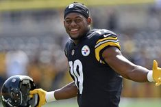 Kid at play  Steelers WR Smith-Schuster making a splash . 72c64fb2f