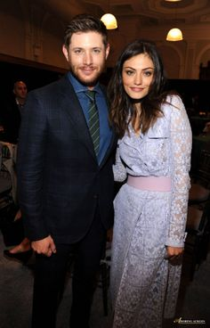 Jensen Ackles and Phoebe Tonkin of The Originals at the 2014 CW Upfronts. Click through for full view.