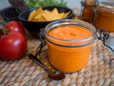 Helppo sokeriton ketsuppi tomaateista - AITOA ARKIRUOKAA