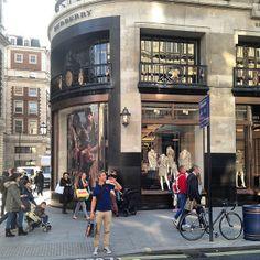 #london #regentstreet - @irinariya