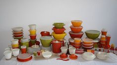 Tupperware, I've gotten rid of these colors at a garage sale, now I want them back! lol