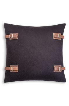 Discover the UGG® Luxe Lodge Cushion Cover - Black at Amara Pillow Fabric, Wool Pillows, Bed Pillows, Burlap Pillows, Cute Cushions, Scatter Cushions, Textiles, Diy Cushion, Cushion Ideas