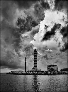 Lighthouse by Rodriquez Gabriele, via 500px