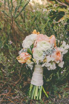 Goodman Thackeray Love Meets Life Photography KN324 low Nathan & Katies Rustic Romantic Wedding