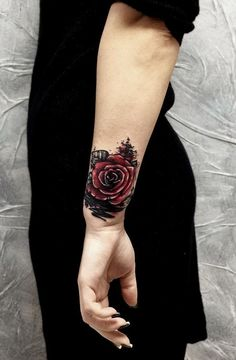 Feed Your Ink Addiction With 50 Of The Most Beautiful Rose Tattoo Designs For Men And Women - KickAss Things Old School Tattoo Designs, Tattoo Designs For Women, Tattoos For Women, Goth Tattoo, Arm Tattoo, Sleeve Tattoos, Tasteful Tattoos, Small Tattoos, Ink Addiction
