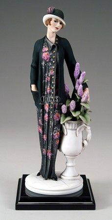 W Fine Porcelain China Diane Japan Goldscheider, Porcelain Jewelry, Fine Porcelain, Porcelain Doll, Porcelain Vase, Victorian Women, Royal Doulton, Elegant Woman, Art Dolls