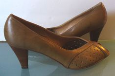 Vintage Pappagallo Made in Italy Open Toed Shoes Size 8.5M by EurotrashItaly on Etsy