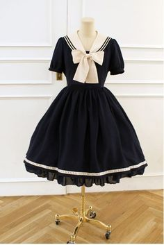 Lace Market is the largest online marketplace for EGL (Elegant Gothic Lolita) Fashion. Sell and buy Lolita dresses, skirts, accessories and more with thousands of users around the world! Kawaii Fashion, Cute Fashion, Asian Fashion, Fashion Outfits, Fashion Tips, Estilo Lolita, Pretty Dresses, Beautiful Dresses, Moda Lolita