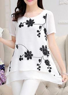 Stylish Tops For Girls, Trendy Tops, Trendy Fashion Tops, Trendy Tops For Women Trendy Tops For Women, Blouses For Women, Stylish Tops For Girls, Bluse Outfit, Hijab Stile, Cheap Dresses Online, Online Dress Shopping, Shopping Sites, Bargain Shopping