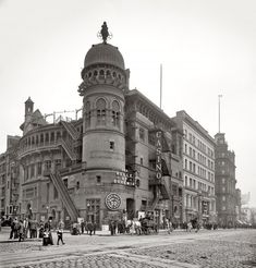 """New York City circa 1900. """"Casino Theatre, Broadway."""" 8x10 inch dry plate glass negative, Detroit Publishing Company. This one is so worth viewing in full size."""