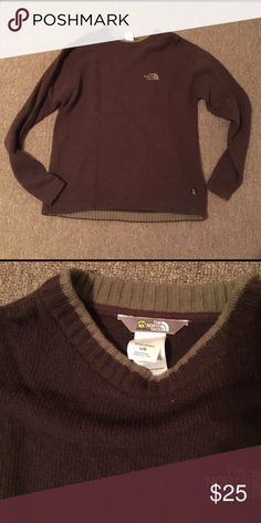 Men's The North Face sweater Brown and tan. The North Face Sweaters Crewneck