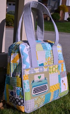 Scrappy Weekender bag by sewcraftyjess, via Flickr