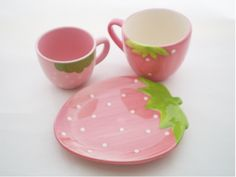 Strawberry Teacups Set / Pretty PINK: Darling set