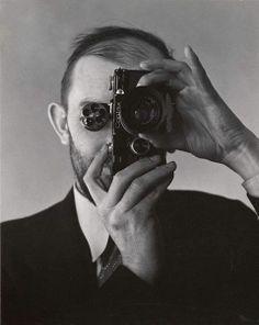 Ansel Adams con una macchina fotografica Contax di Eduard Weston