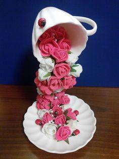 топиарии в необычной технике фото: 13 тыс изображений найдено в Яндекс.Картинках - - Salvabrani Clay Crafts, Home Crafts, Diy And Crafts, Crafts For Kids, Tea Cup Art, Tea Cups, Cup And Saucer Crafts, Floating Tea Cup, Teacup Crafts