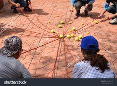"""Résultat de recherche d'images pour """"team building activity"""""""