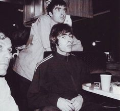 Liam Oasis, Liam Gallagher Noel Gallagher, Oasis Album, Liam And Noel, Oasis Band, Beady Eye, Britpop, Indie Music, Music Bands