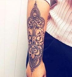 25 Beautiful Wrist Tattoos For Women Star Tattoos, Forearm Tattoos, Body Art Tattoos, New Tattoos, Hand Tattoos, Girl Tattoos, Tattoo Arm, Forearm Mandala Tattoo, Henna Style Tattoos