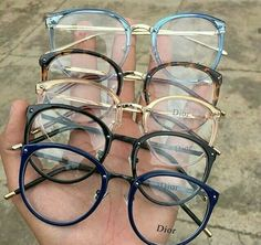 Blue light glasses not only look cute AF, they help soothe tired eyes Glasses Frames Trendy, Fake Glasses, Cool Glasses, New Glasses, Glasses Trends, Lunette Style, Computer Glasses, Fashion Eye Glasses, Cute Sunglasses