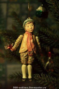 Новый год 2015 ручной работы. Ёлочная игрушка мальчик в шляпе вариант. 500 эскимо. Интернет-магазин Ярмарка Мастеров.