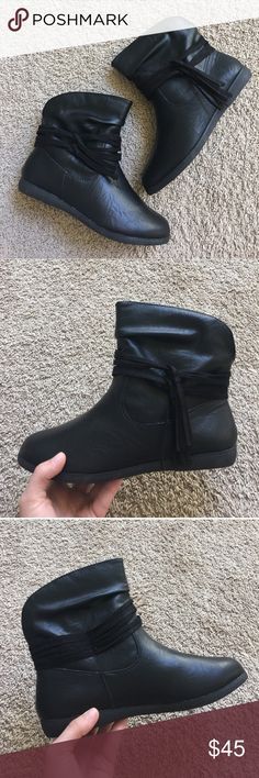 Ankle Boots These are so soft and comfortable! I have way too many shoes and just need to downsize. They are a size 6 but I'm a 6.5 and they fit me perfectly. New condition, never worn. Really soft and light on the foot. Shoes Ankle Boots & Booties