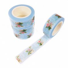 This light blue washi is covered with a gorgeous vintage floral pattern. Swoon…