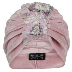 The Future Heirlooms Boutique Flora Velvet Turban (€44) ❤ liked on Polyvore featuring accessories, hats, pink, velvet hat, velvet turban, turban hat and pink hat
