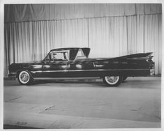 1959 Miller-Meteor Cadillac flower car