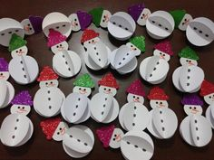 10 Easy Snowman Crafts for Kids and Adults ⋆ Paper Crafts For Kids, Christmas Crafts For Kids, Christmas Activities, Preschool Crafts, Winter Christmas, Kids Christmas, Holiday Crafts, Diy And Crafts, Christmas Decorations