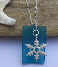 Jewelry,Necklace,sea glass,snow flake,snow flake charms,Christmas Charm,Aqua Sea glass, recycled sea glass Jewelry,Beach glass jewelry,bead