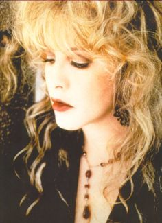 Love this pose of Stevie...  <3