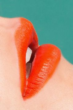 To create this juicy-to-dry look, Flowers covered our model's lips in MAC's Chromagraphic Lip Pencil in Genuine Orange. She then added MAC's Lipmix in Orange. The Cream, Orange Aesthetic, Aesthetic Colors, Aesthetic Art, Coral Lips, Red Lips, Orange Lipstick, Orange Nails, Makeup Inspiration