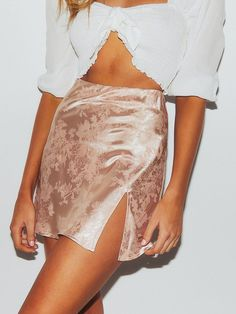 Explosive Jacquard Satin Skirt Womens Sexy Bodycon Party Zipper Slim High Waist Split Mini Skirts 2020 new Skirt White, White Skirts, A Line Skirts, Short Skirts, Mini Skirts, High Heels Boots, Sexy Rock, Pink Pencil Skirt, Cheap Skirts