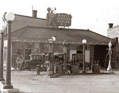 1925 gas station
