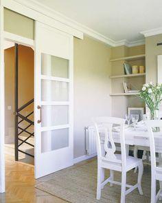 La decoración de este dúplex, de 110 m², se planificó al detalle para lograr una vivienda familiar donde se respira un aire clásico, muy acogedor.