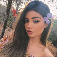"""Find and save images from the """"Simplessss"""" collection by Queliene Moura (QMoura) on We Heart It, your everyday app to get lost in what you love. Sexy Make-up, Pink And Black Hair, Beauty Makeup, Hair Beauty, Beautiful Girl Makeup, Cindy Kimberly, Cute Girl Face, Hummer, Girls Makeup"""