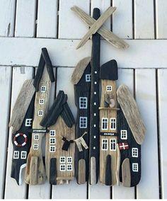 Ocean Crafts, Beach Crafts, Summer Crafts, Fun Crafts, Driftwood Wall Art, Driftwood Projects, Wood Block Crafts, Wooden Crafts, Pine Cone Art