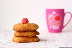 L'heure du goûter est passée, mais je suis sûre que tu seras ravie de découvrir ses trois recettes de cookies: version traditionnelle, ou en versions régressives fraise tagada et oursons guimauve et chocolat. Yummy!