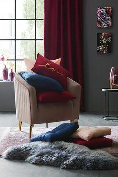 Sitzkissen Elli ca. 40x40cm online kaufen ➤ mömax Lounge, Couch, Furniture, Home Decor, Ad Home, Airport Lounge, Settee, Lounge Music, Sofa
