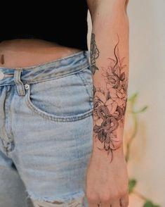 Dainty Tattoos, Pretty Tattoos, Mini Tattoos, Leg Tattoos, Flower Tattoos, Body Art Tattoos, Cool Tattoos, Tattos, Cute Tattoos For Women