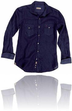 Effetto jeans per la camicia da polsini e colletto con inserzioni pois ^_^ Seguici su #RedisRappresentanze www.redisrappresentanze.it