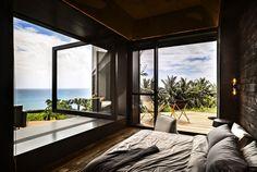 La suite principale de cette villa de vacances dévoilant encore et toujours la belle vue de rêve