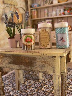 Retro Kitchen jars dollhouse miniature by MiniEdenTienda on Etsy, €6.00
