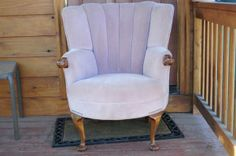 A very nice French Provincial occasional arm chair. Mid-century style. Rose color. $150.