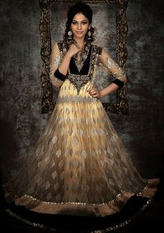 Opulent gold and black