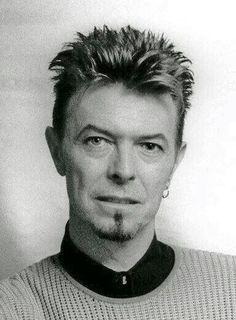 "mrs-david-bowie: ""(via pintrest) "" David Bowie Pictures, Ziggy Played Guitar, Bowie Starman, The Thin White Duke, Pretty Star, Ziggy Stardust, Rock Legends, David Jones, Role Models"
