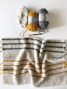 Annie's Crochet Herringbone Half Throw (Daisy Farm Crafts) Crochet Afghans, Annie's Crochet, Crochet Blanket Patterns, Crochet Crafts, Crochet Stitches, Knitting Patterns, Knitting Ideas, Crotchet, Crochet Blanket Kids